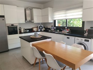 19549-bungalow-for-sale-in-paphos-townfull