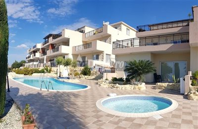 20512-apartment-for-sale-in-mesa-choriofull