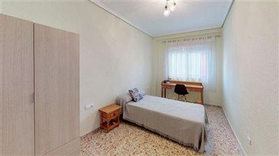 spacious-apartment-bedroom