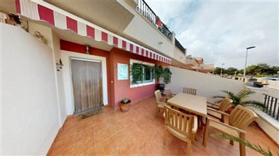 outstanding-town-house-02102020153602