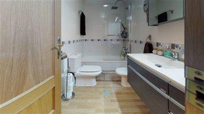 calle-helsinki-39-san-javier-bathroom