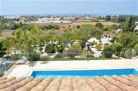 Image No.10-Villa de 7 chambres à vendre à Emba