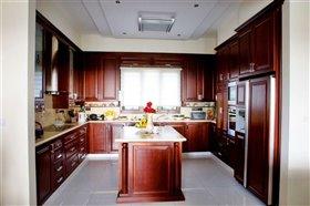 Image No.12-Villa de 7 chambres à vendre à Emba