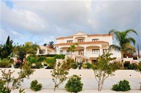 Image No.5-Villa de 7 chambres à vendre à Emba