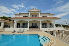 Image No.7-Villa de 7 chambres à vendre à Emba