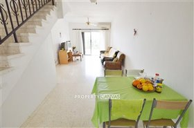 Image No.2-Maison de ville de 2 chambres à vendre à Chlorakas