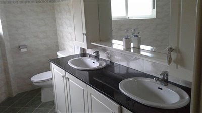 741-detached-villa-for-sale-in-kato-paphos-un