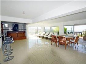 Image No.14-Villa de 4 chambres à vendre à Kissonerga