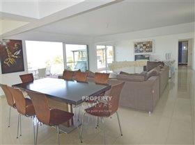 Image No.19-Villa de 4 chambres à vendre à Kissonerga