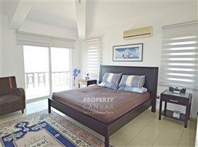 Image No.8-Villa de 4 chambres à vendre à Kissonerga