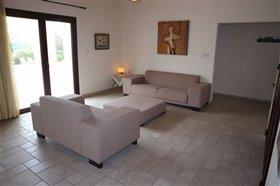 Image No.7-Bungalow de 6 chambres à vendre à Giolou