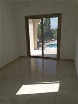 Image No.7-Villa de 4 chambres à vendre à Peyia