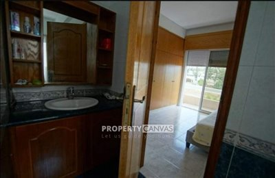 Town House For Sale  in  Anavargos