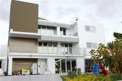 44946-detached-villa-for-sale-in-embafull