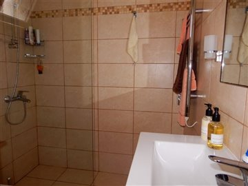 45747-apartment-for-sale-in-peyia-coral-bayfu
