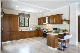 Image No.6-Villa de 5 chambres à vendre à Argaka