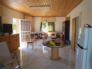 Traditional House For Sale  in  Episkopi