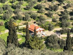 Galatas, Cottage