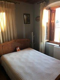 -462-bedroom