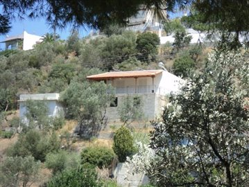 1 - Poros, Country House