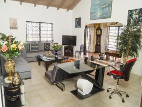 Image No.2-Villa / Détaché de 4 chambres à vendre à Cedar Grove
