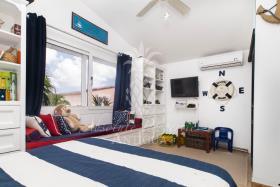 Image No.1-Villa de 4 chambres à vendre à Jolly Harbour