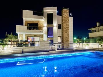 la-mata-front-line-luxury-sea-views-4634-14