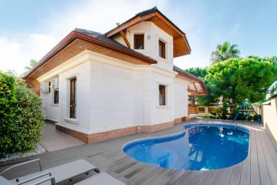 luxury-villa-home-for-sale-rojales-4643-10
