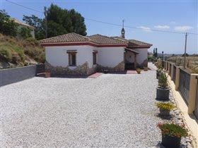 Image No.3-Villa de 4 chambres à vendre à Los Carriones