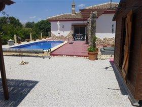 Image No.5-Villa de 4 chambres à vendre à Los Carriones