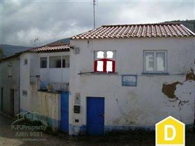 Penela, House