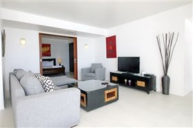 Image No.4-2 Bed Property for sale