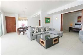 Image No.5-2 Bed Property for sale