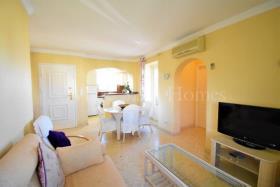 Image No.6-Appartement de 2 chambres à vendre à Oliva