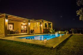 Sfakaki, Villa