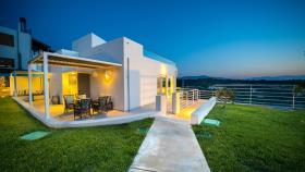 Prines, Villa
