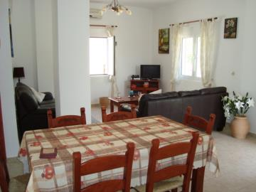 250-Dining-area-to-living-room
