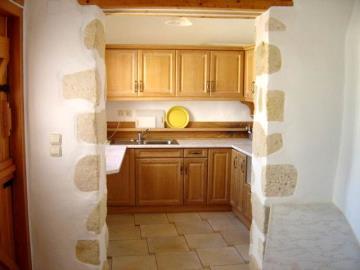 175-KH-1703-kitchen
