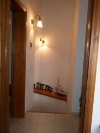 520-KH-1703-Hallway