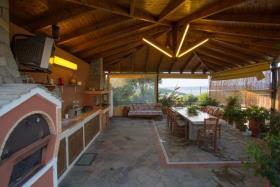 Image No.5-Villa / Détaché de 7 chambres à vendre à Kalyves