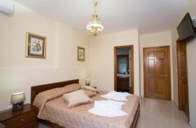Image No.8-Villa / Détaché de 7 chambres à vendre à Kalyves