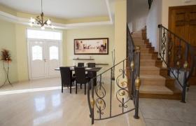 Image No.22-Villa / Détaché de 7 chambres à vendre à Kalyves
