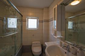 Image No.24-Villa / Détaché de 7 chambres à vendre à Kalyves
