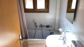 Image No.19-2 Bed House for sale