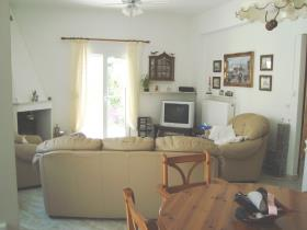 Image No.5-Maison de 2 chambres à vendre à Gavalohori