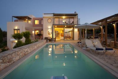 1 - Gerani, Villa