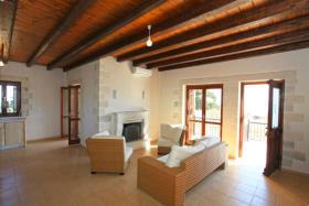 Image No.4-Villa de 3 chambres à vendre à Kefalas