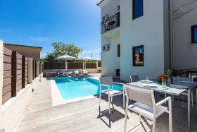 Image No.2-Villa de 4 chambres à vendre à Rethymnon