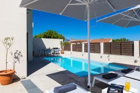 Image No.3-Villa de 4 chambres à vendre à Rethymnon