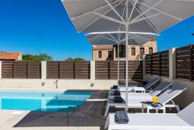 Image No.8-Villa de 4 chambres à vendre à Rethymnon